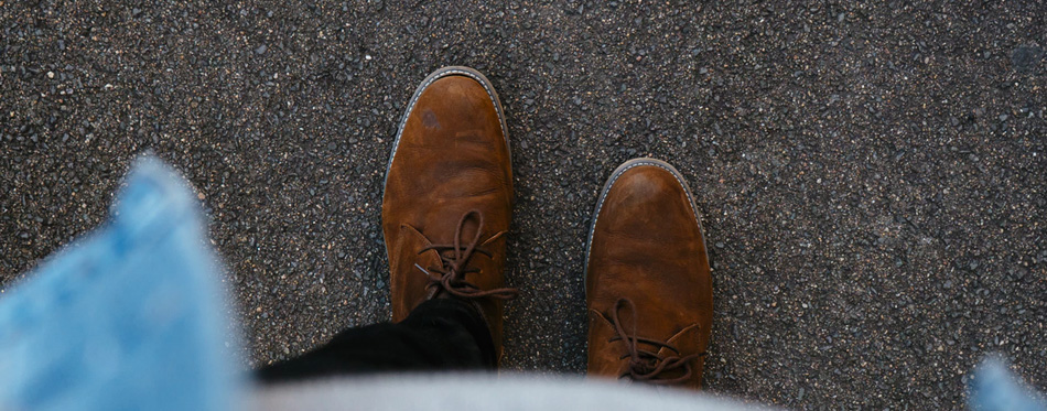 brown chukka boots