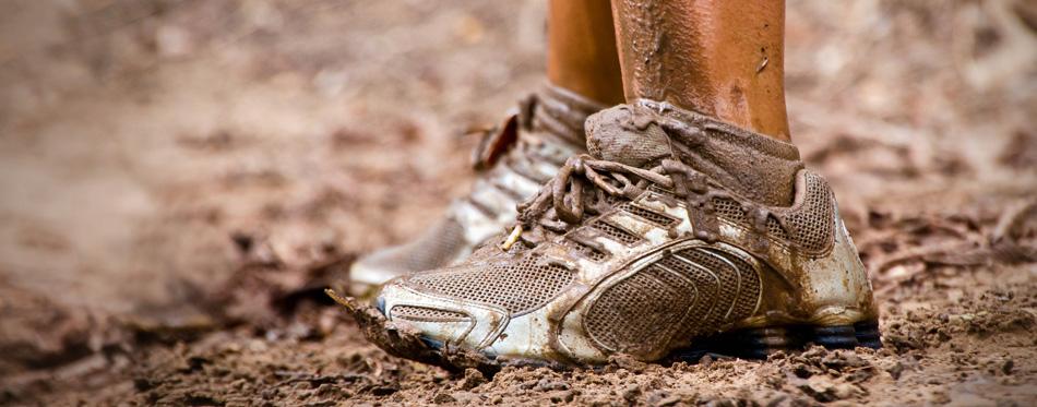 mud race shoes