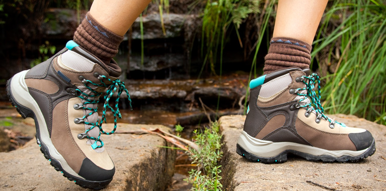 socks to wear with hiking boots
