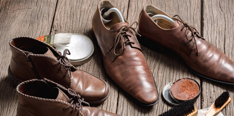 taking care of leather shoes