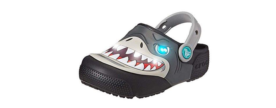 crocs kids' boys and girls shark light-up clog