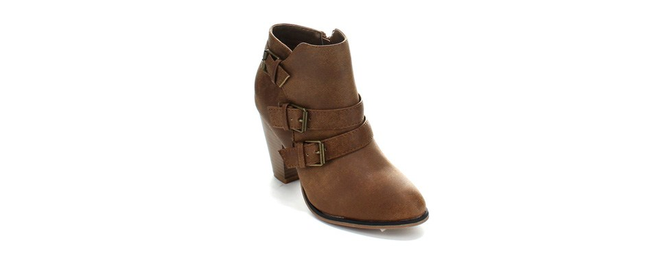 forever women's buckle strap ankle booties