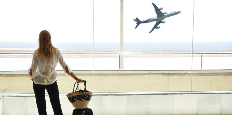girl waiting for her flight