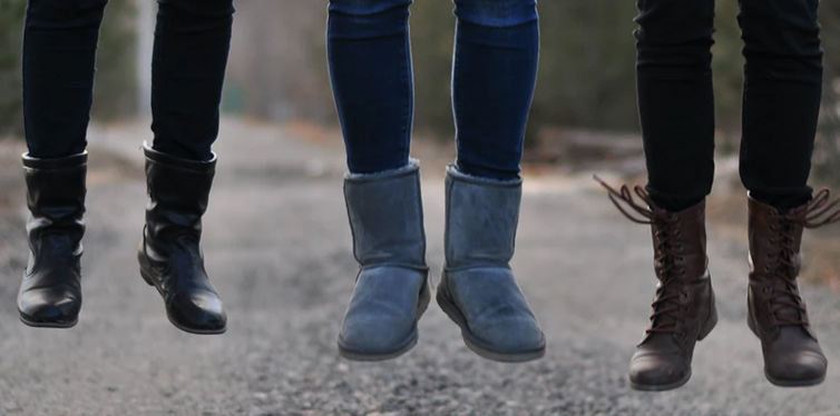 gray uggs boots