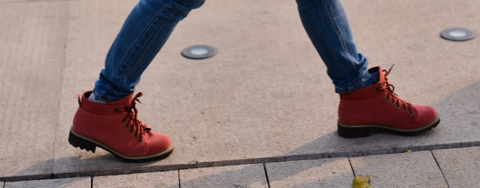 womens shoes for walking on concrete