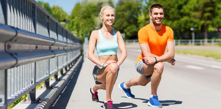 couple doing lunges