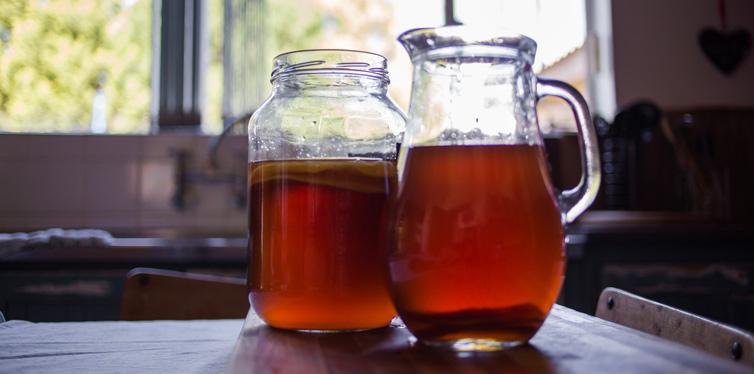 homemade kombucha drink