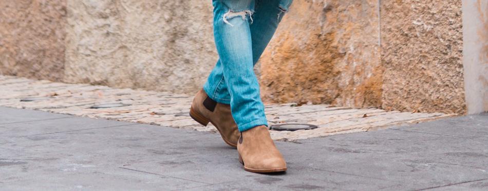 chelsea boots walk