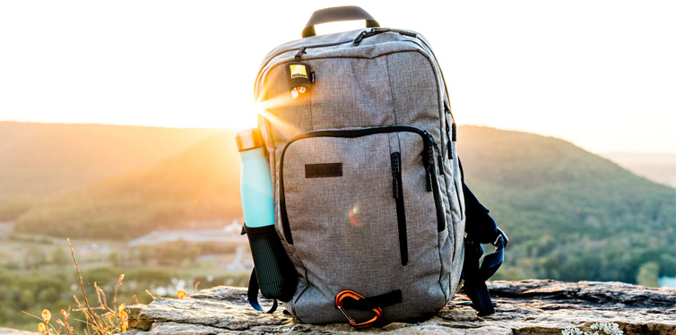 tips on how to lighten your backpack