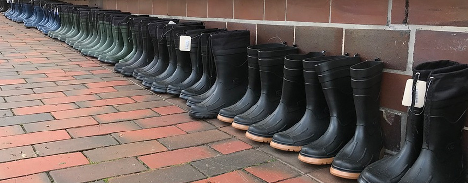 various muck boots