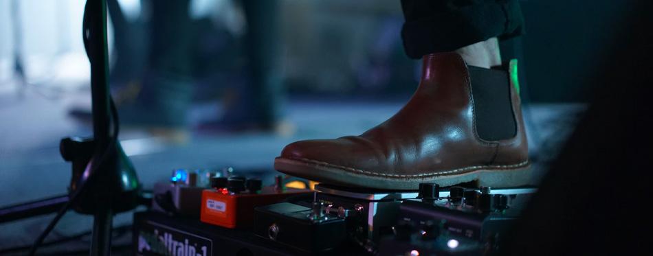 wearing chelsea boot