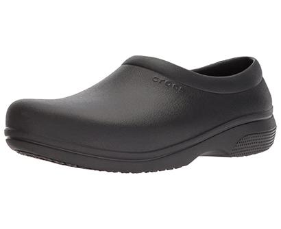 crocs men's and women's on the clock work slip resistant work shoe