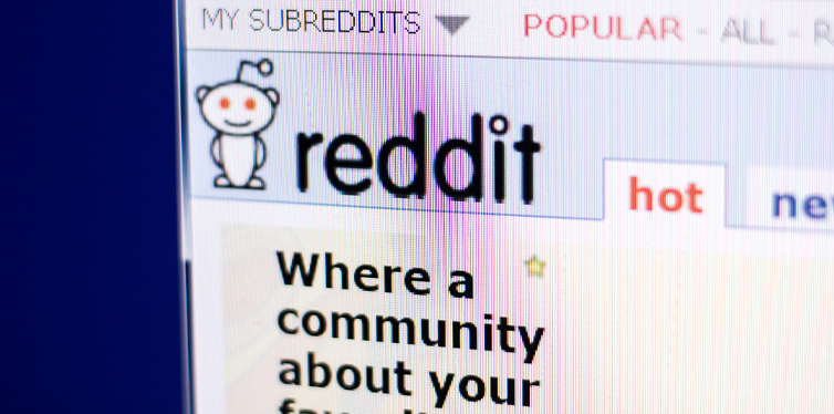 reddit on laptop