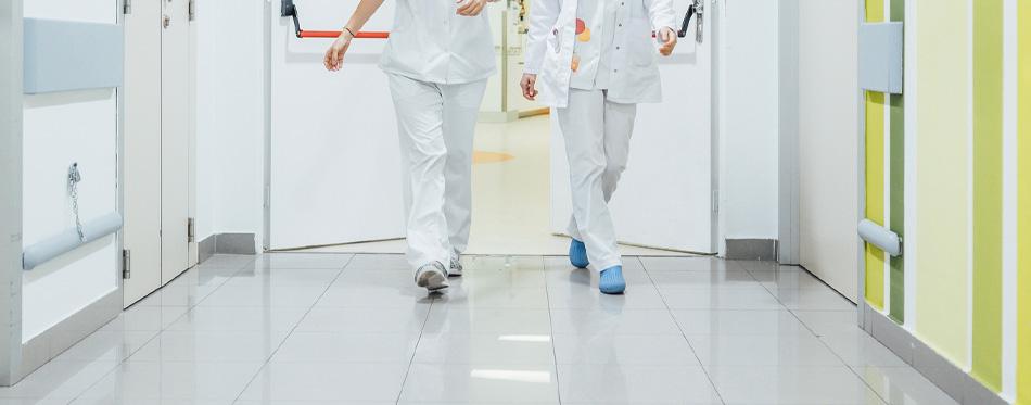 stable nurse shoes