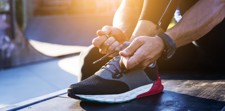 How-To-Hide-Laces-On-Sneakers
