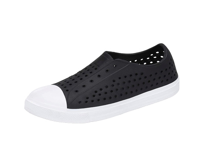 saguaro slip-on breathable clogs