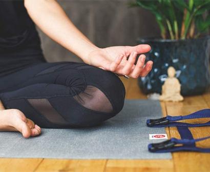 yogo ultralight travel yoga mat