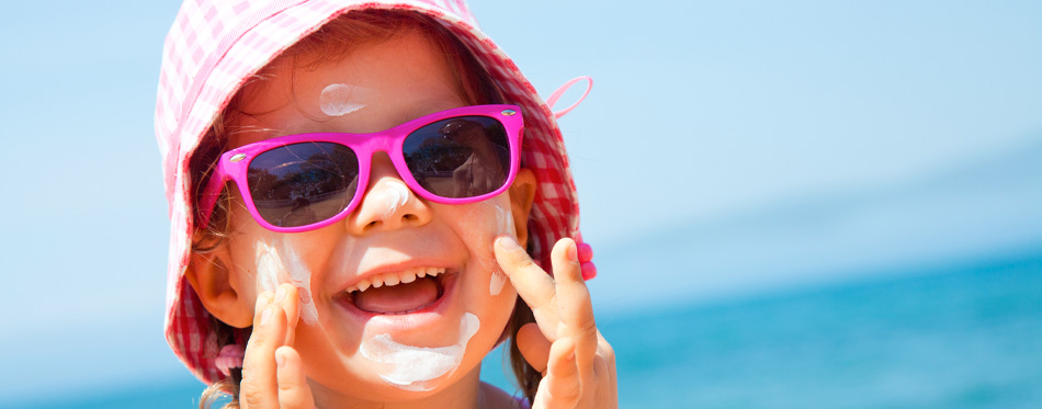 little girl with mineral sunscreen