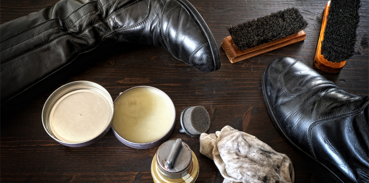 bees wax to shine shoes