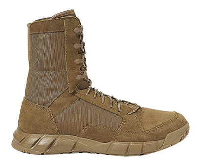 oakley men's light assault jungle boot
