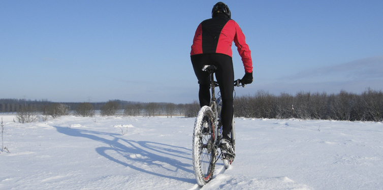How Cyclists Keep Their Feet Warm In The Winter