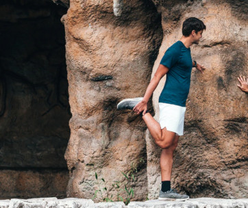 10 amazing stretches before you go hiking