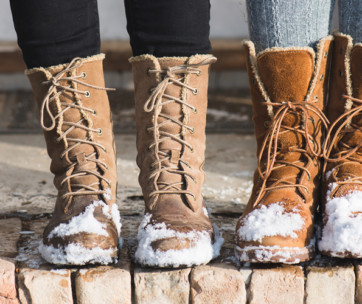 10 ways to keep your feet & toes warm in the winter