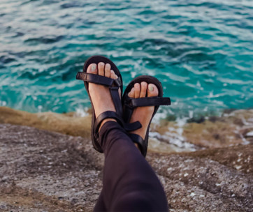 12 best walking sandals for women review in 2019