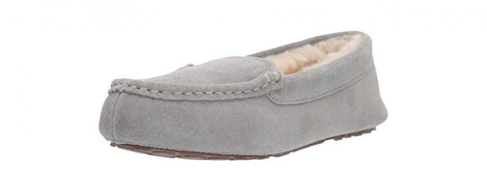 amazon essentials women's leather moccasin