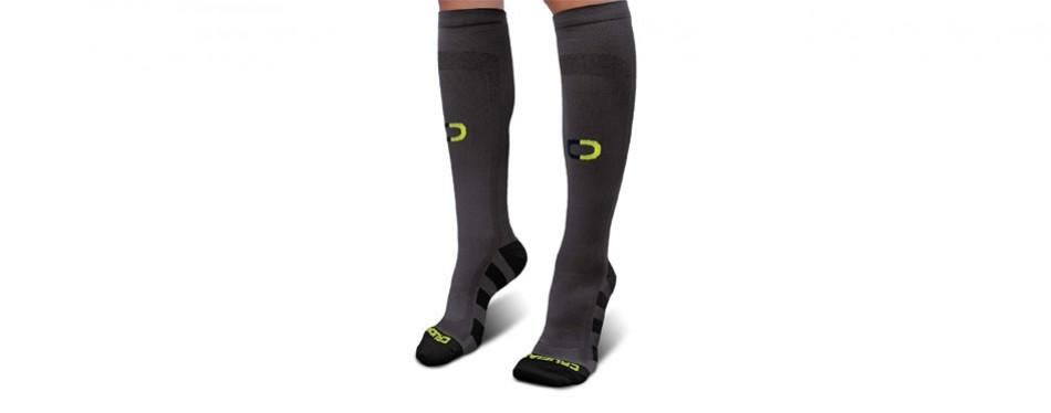 crucial compression graduated socks